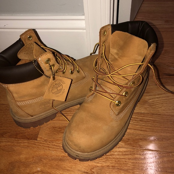 b96278db67fa6 Timberland Shoes | Authentic S 100 Condition No Wear | Poshmark